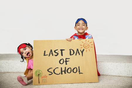 学校教育知識洞察力知恵コンセプトに戻る 写真素材
