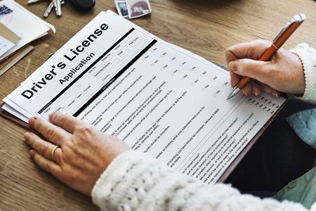 운전 면허증 신청 허가서 양식의 개념 스톡 콘텐츠