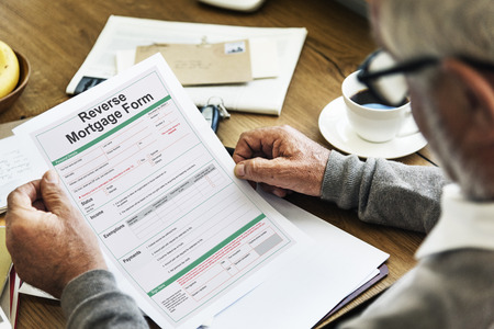 Reverse-Hypothek Formular Lohnzettel Bestellung Konzept Standard-Bild - 65758140