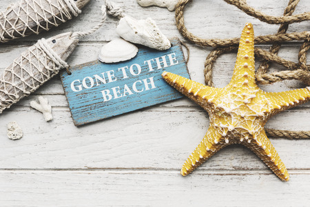 noix saint jacques: Gone to Vacation Summer Beach Holiday Starfish Concept