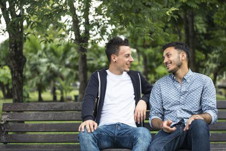 Homosexuell Paar Liebe Im Freien Konzept Standard-Bild - 66176401