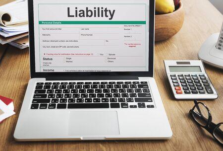 Pensioenplan Lening Liability Tax Form Concept