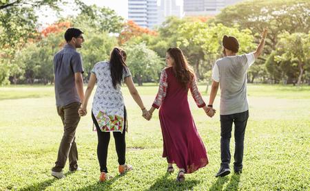 compañerismo: Hindú Parque Compañerismo concepto amigo
