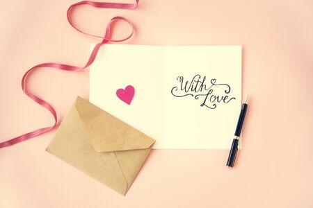 afecto: Concepto de San Valentín amor afecto Feliz junto