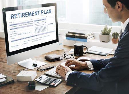 Régime de retraite Formulaire d'assurance Concept financier Banque d'images - 67364460