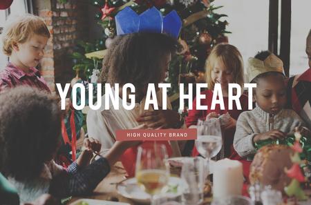 curare teneramente: Calore Natale momenti di nutrire Famiglia Archivio Fotografico