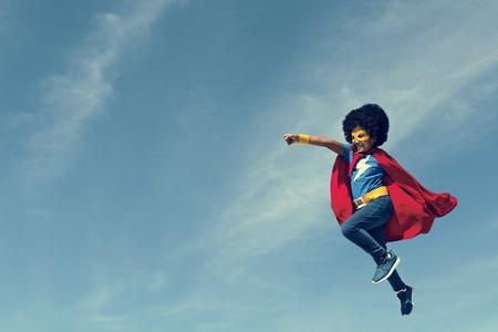 리틀 보이 슈퍼 영웅 개념