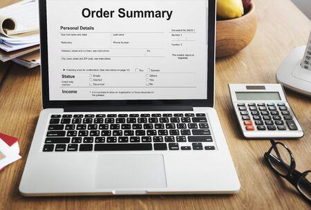 摘要: 訂單摘要工資單訂購表格概念