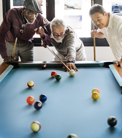 Friends Playing Billiard Relaxation Happiness Concept Banque d'images