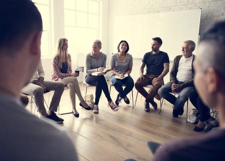 circulo de personas: La creación de redes Seminario Meet Concepto Ups Foto de archivo