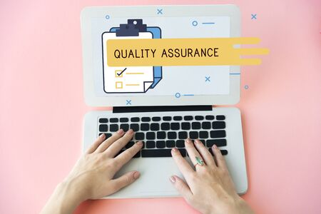 reminding: Quality Assurance Guarantee Warranty Trustworthy Concept