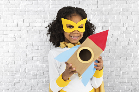 Girl with a mask and rocket ship Stockfoto - 111696033