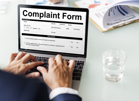 Complaint form concept on laptop screen Stockfoto