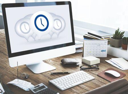 punctual: Time Management Punctual Duration Minute Hour Concept Foto de archivo