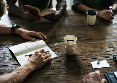 会議テーブル共有概念をネットワーク