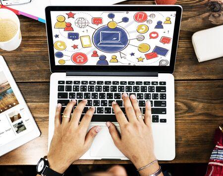 通信: 世界規模の通信接続ソーシャル ネットワーク概念