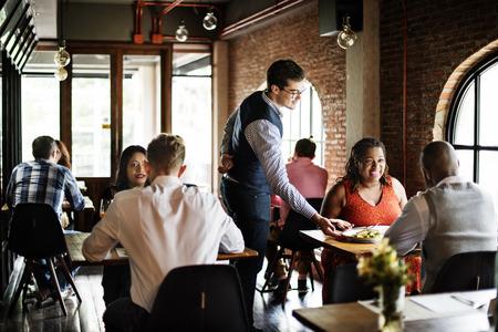Restaurante Tiempo libre estilo de vida con clase Reservados Concepto Foto de archivo - 69730291
