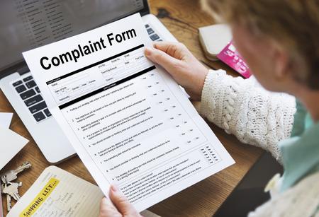 Complaint form concept on a paper Foto de archivo - 112145583
