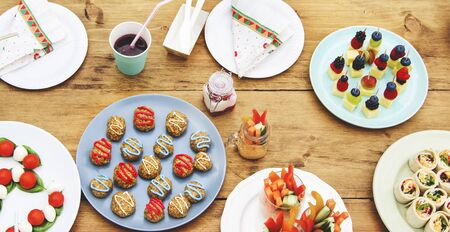kinfolk: Table Setting Food Celebration Party Concept
