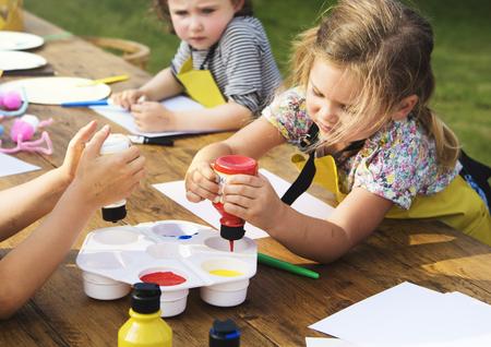 Kid leren schilderij tekening kunst Concept