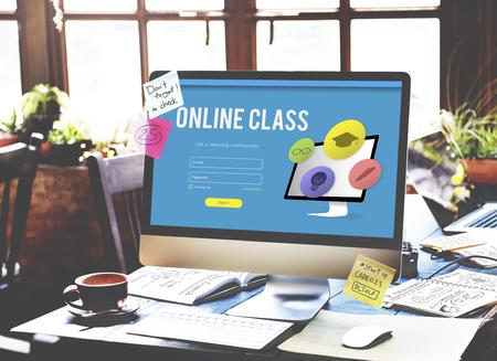 Ausbildung Studium Wissen E-Learning-Konzept Standard-Bild - 71145008