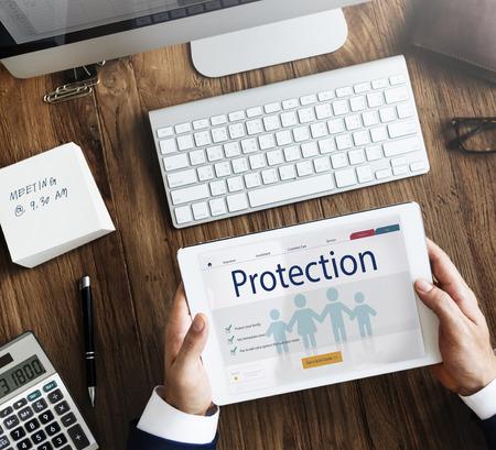 Versicherungsschutz Mix Erstattung Schutzkonzept Standard-Bild - 71361382