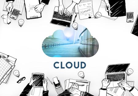 Télécharger Cloud Storage Back Up Banque d'images - 72236136