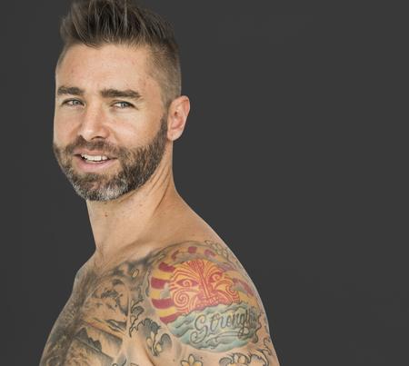 Ritratto maschile Mostra Tattoo Studio Archivio Fotografico - 72647269