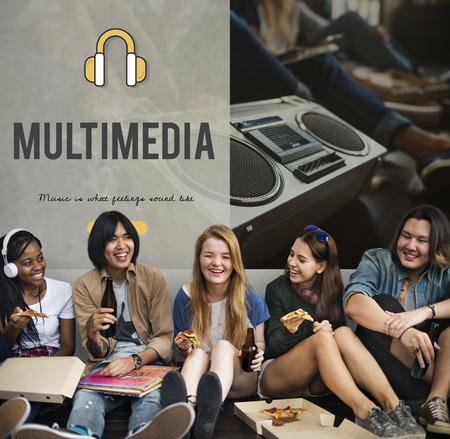 Headphones music media icon online 版權商用圖片