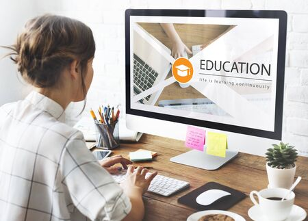 distance: Distance learning online education webpage