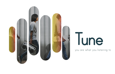 turn table: Tune Entertainment Streaming Media Icon