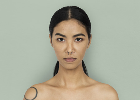 Asian Woman Stylish Studio Imagens