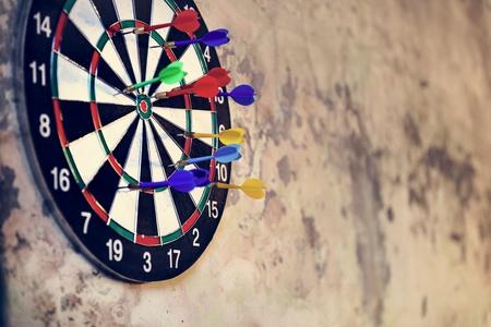 Dartboard Arrows Hit Target Game Activity Banco de Imagens - 75577124