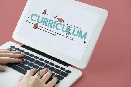 Academia Certificación Currículo Knowldege Icon Foto de archivo - 75836853