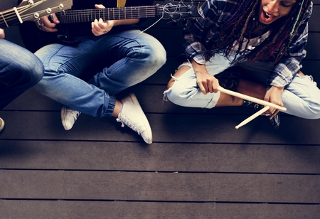 人再生ギターのリハーサル ・ バンド 写真素材