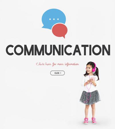 Connecting Social Media Communicationr