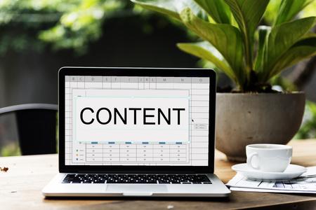 Content Publishing Artikel Business-Thema Standard-Bild - 76138403
