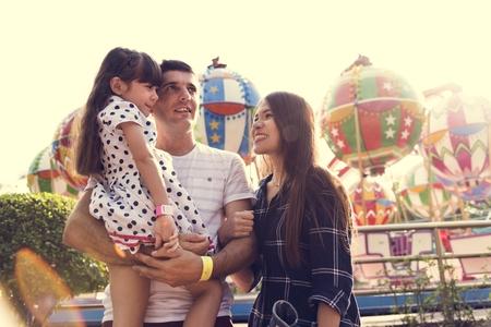 Gezinsvakantie Vakantie Pretpark Samenhorigheid Stockfoto