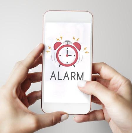 Notificación de alarma de teléfono móvil para una cita importante Foto de archivo - 76255816