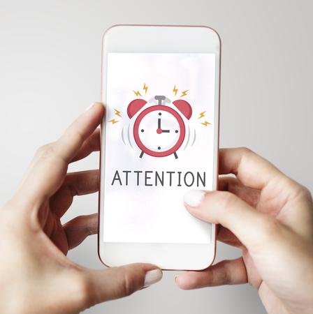 Notificación de alarma de teléfono móvil para una cita importante Foto de archivo - 76359692
