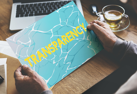 Transparantie woord helder glasachtig water Stockfoto