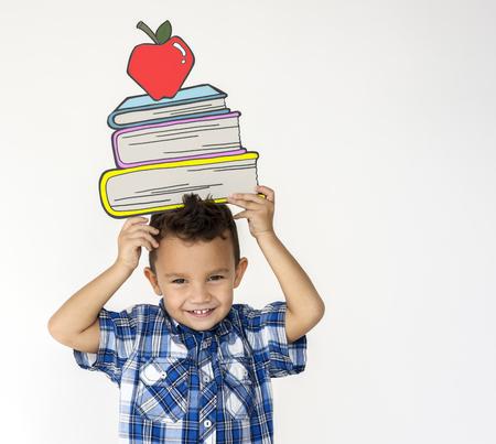 Kid portait holding paper icon 版權商用圖片