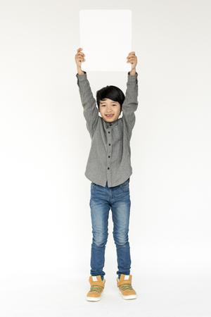 흰색 배경에 아이 스튜디오 촬영의 초상화