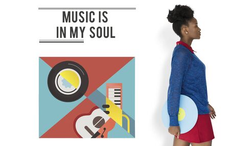 音楽ビニール レコード オーディオ情熱レジャー活動を保持している女性 写真素材