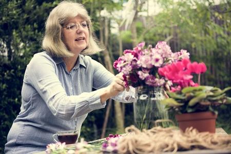 Hobby Lady Mature Flower Arrangement