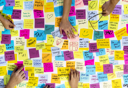 People Hands Sticky Note Post It Stock Photo - 78394983