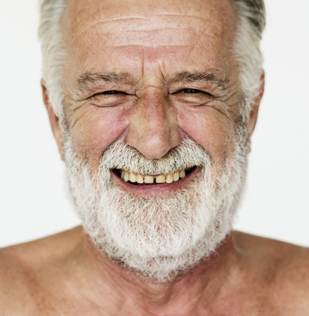 Hombre de pie en línea y posando para sesión de fotos Foto de archivo - 78394579