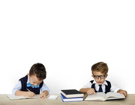 Kid Child Studio Shoot Learning Bookworm 版權商用圖片 - 78395388