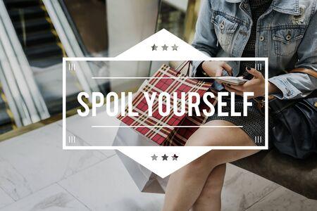 Spent Hangout Spoil Yourself Purchase Sale Store Reklamní fotografie