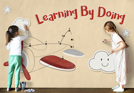 Children fun connect the dots airplane graphic Stock Photo - 78318642